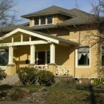 Alameda Craftsman Style House Was Painted Historic Themed Colors