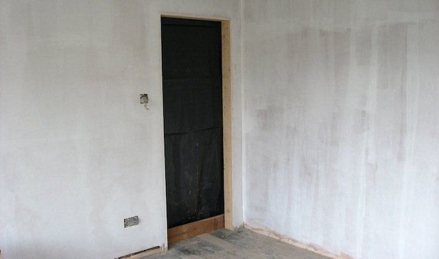 How Paint Newly Plastered Walls