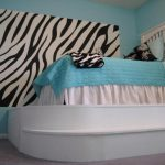 How Paint Room Zebra Stripes Give Your