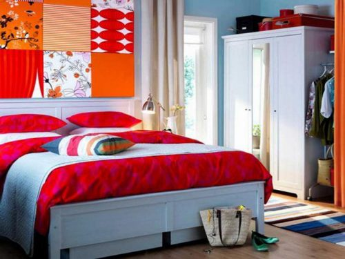Popular Colorful Interior Paint Colors For