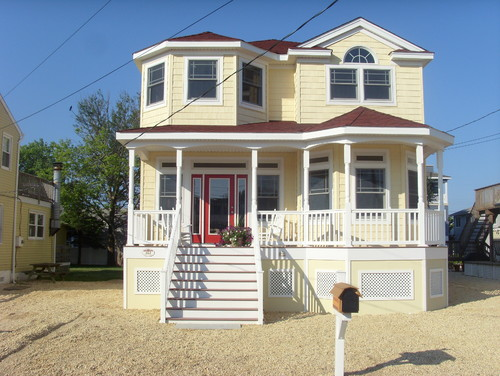The House Color Very Pretty Benjamin Moore Golden Straw