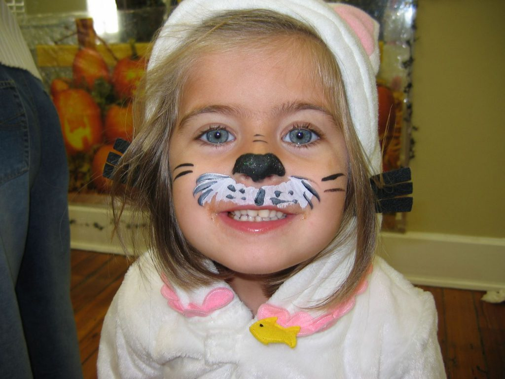 Top Innocent And Beautiful Face Paintings
