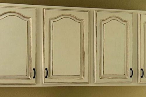 Antique White Kitchen Cabinets Shabby Chic Style Interior