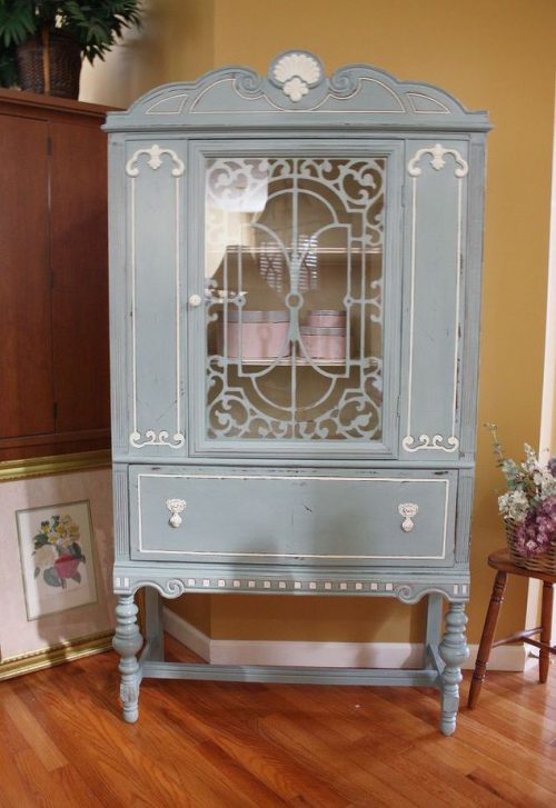 Blue White Vintage China Cabinet