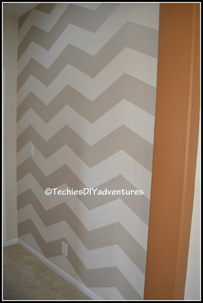 Chevron Pattern Painted Wall Techie Diy