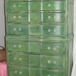 Fabtwigs Bold Green Dresser Refinishing Furniture Paint