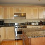 Kitchen Wall Colors White Cabinets