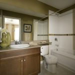 Painting Tips Make Your Small Bathroom Seem